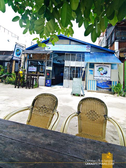 White Beach Divers Hostel Boracay