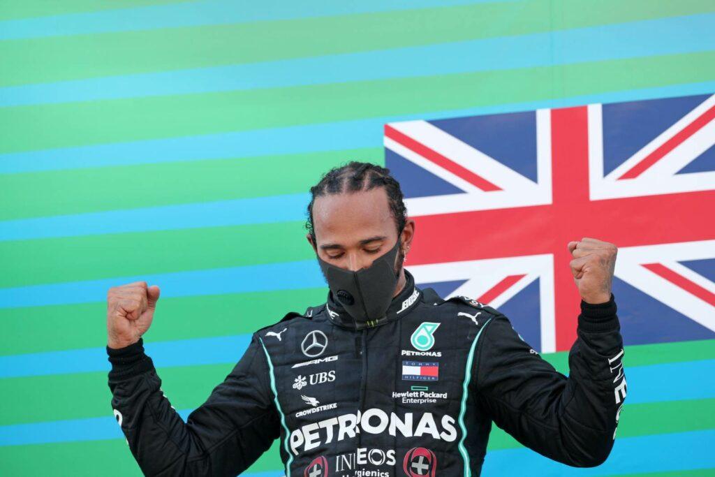 Lewis Hamilton assume namoro com Adrian Sutil e declara que é Gay