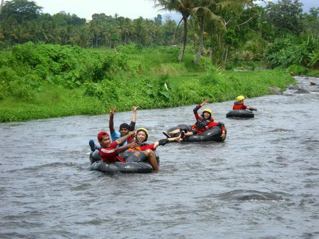 River tubing Desa Jambewangi, Banyuwangi