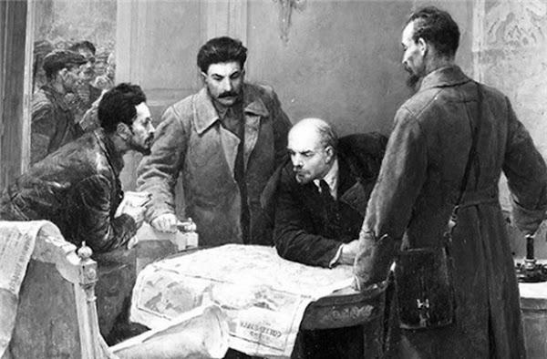 Stalin, Lenin y Trotsky | +9000 documentos digitalizados