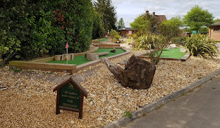 Crazy Putting Challenge minigolf course at Hamptworth Golf Club