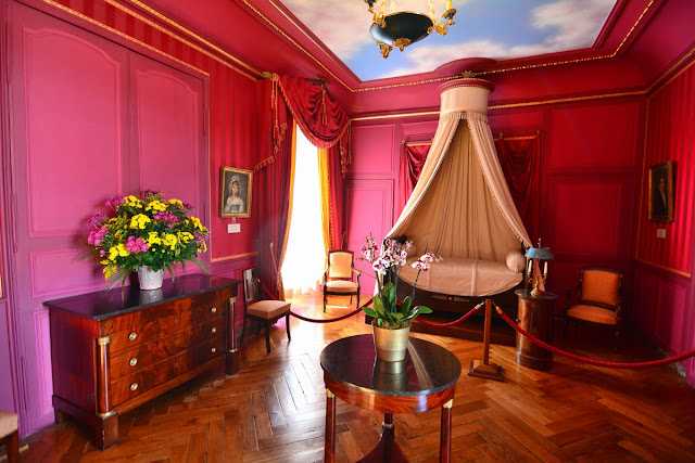 La chambre du prince Jérôme, frère benjamin de Napoléon Ier, qui utilisa brièvement l'endroit sous le premier Empire.