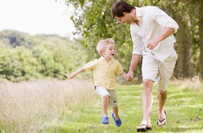 6 Cara Menumbuhkan Rasa Kasih Sayang Dalam Diri Anak