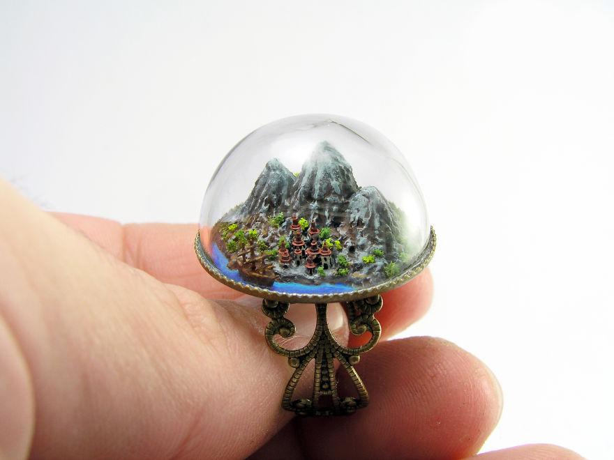 Miniatur Unik Karya Greogry Grozos