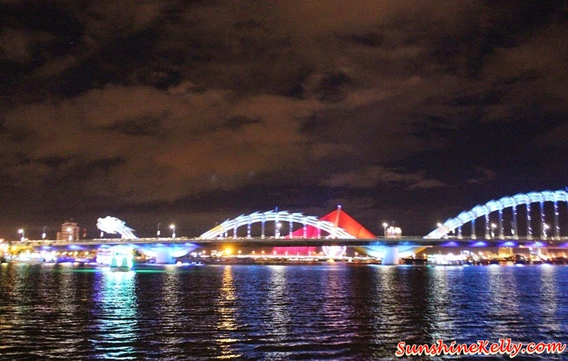 My Khe Beach, Da Nang, Vietnam, Dragon Bridge, Han River, Kim Do Restaurant, A La Carte Da Nang Beach