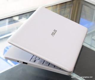 Jual Laptop ASUS E203NAH ( 11.6-Inchi ) Banyuwangi