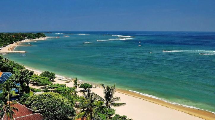 Contoh Descriptive Text About Kuta Beach Dan Artinya Terbaru