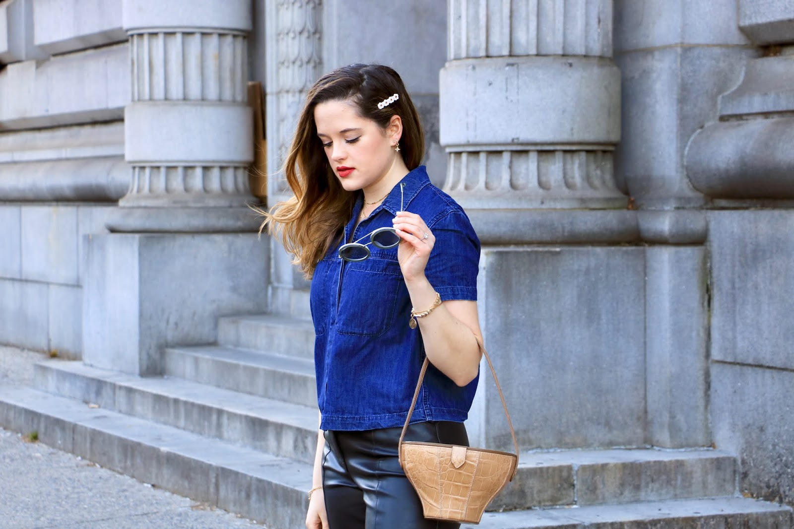Nyc fashion blogger Kathleen Harper wearing a white daisy hair clip by Wunderkin Co.