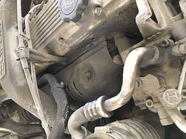 crusty-oil-on-a-car-engine
