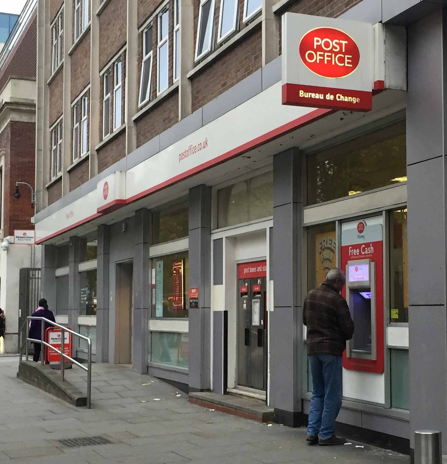 Shepherd's Bush Blog: Shepherd's Bush Post Office To Close?