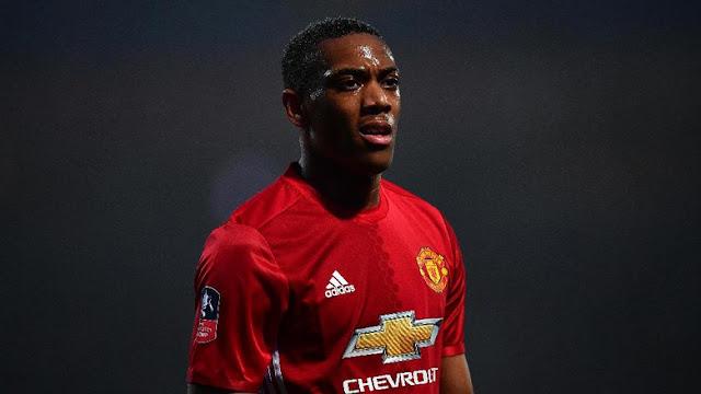 Mourinho: Contohlah Rashford, Martial!