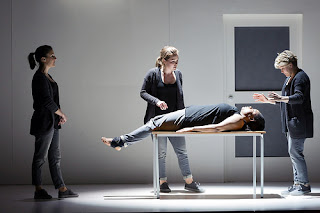 Susanna Hurrell, Emily Edmonds, Gweneth-Ann Rand and Lucy Schaufer in 4.48 Psychosis © ROH 2016. Photograph by Stephen Cummiskey