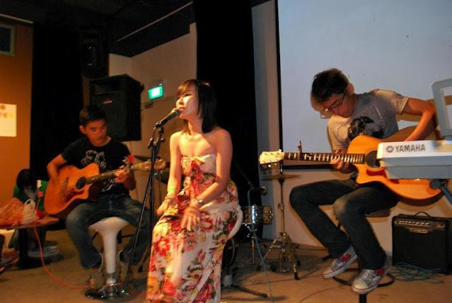 Guitar lessons Singapore Teacher Alan