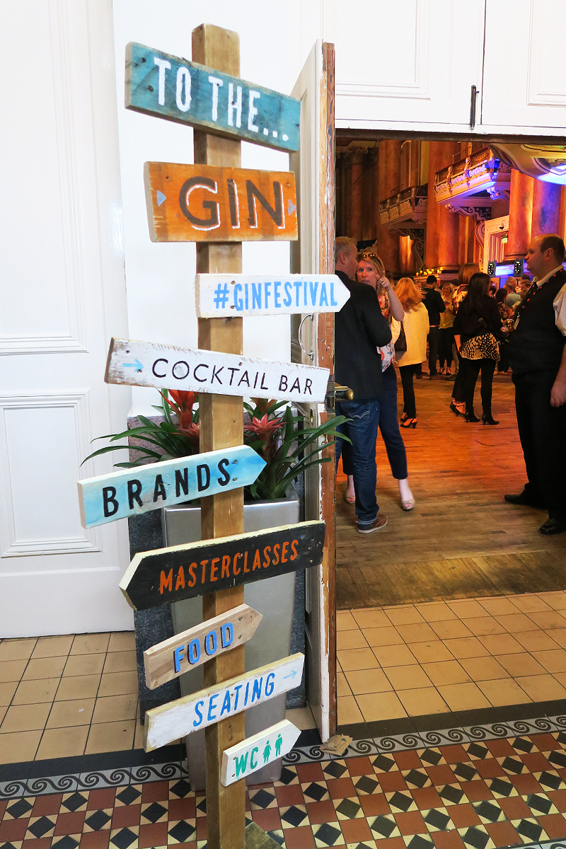 Signpost at the Gin Festival Leeds 2016