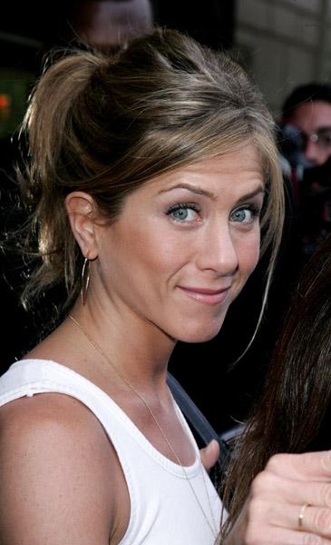 Jennifer Aniston Sucking Dick