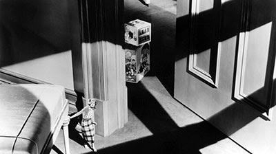 Secuencia de The Devil Doll (1936), una película dirigida por Tod Browning