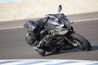 Triumph-Daytona-Moto2-765-3