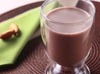 Chocolate Quente com Castanha-do-Pará (vegana)