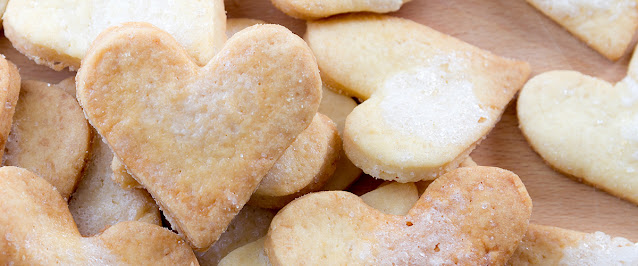 A Recipe for Love From Ephesians 4 (Photo of Heart Shaped Valentine's Day Cookies)