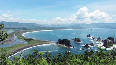 Pantai Payangan Jember