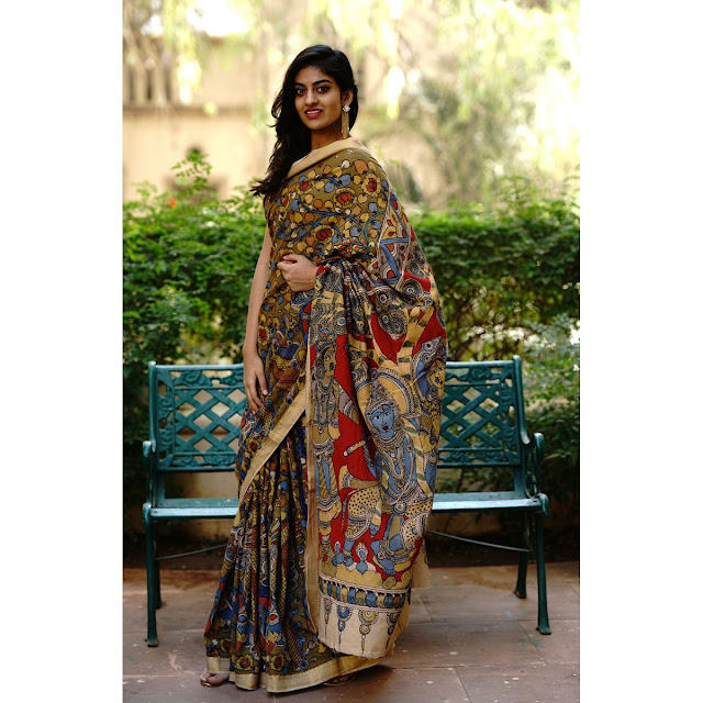 Shopping, Style and Us: India's Best Shopping and Self-Help Blog - A Kalamkari saree is an art. It's an image of an Indian Woman beautofully painted on threads. Wearing it to work could be nothing but class.