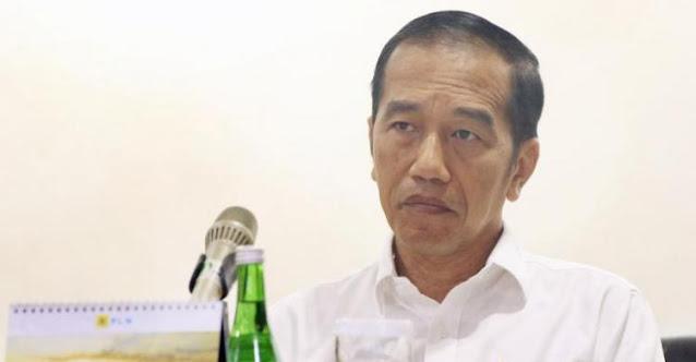 Minta Jokowi Turun, Pengamat: Kalau Tak Dimakzulkan Akan Sangat Berbahaya