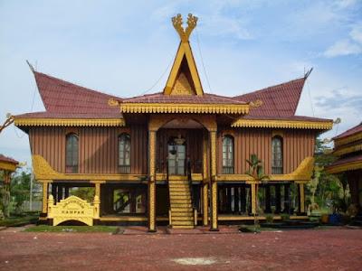 Rumah Adat Selaso Jatuh Kembar , Rumah adat Riau