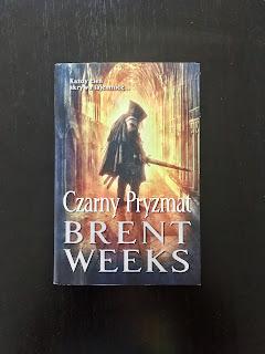 """""""Czarny Pryzmat"""" Brent Weeks, fot. paratexterka ©"""