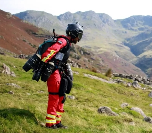 Jet Suit Paramedic Reaches Stricken Hikers in Seconds