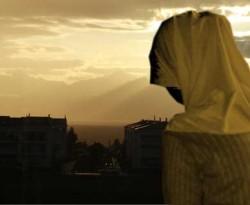10 Sifat Wanita Yang Mendatangkan Rezeki Bagi Suami