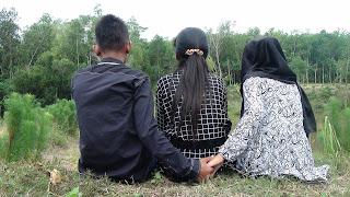 Cinta Segi Tiga