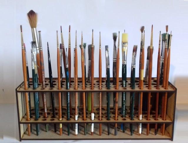Paint Brush Holder with many brushes