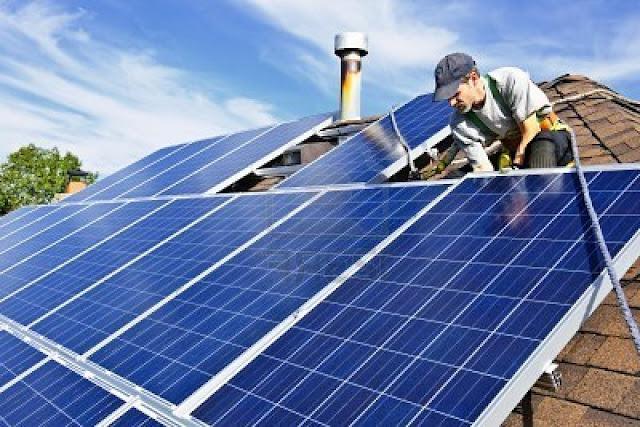 tấm pin năng lượng mặt trời nhập khẩu