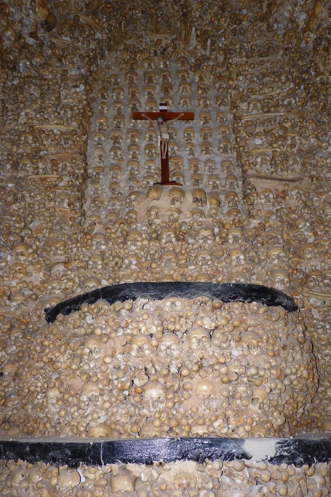 Capela dos Ossos de Alcantarilha.