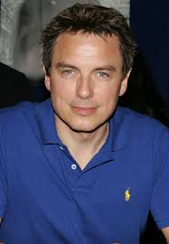 What is the height of John Barrowman?