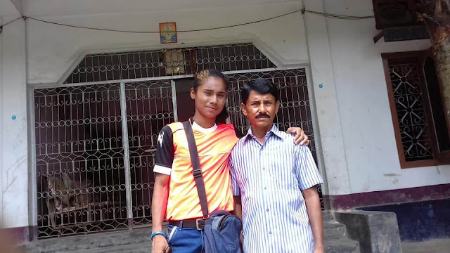 Hima Das with Her father