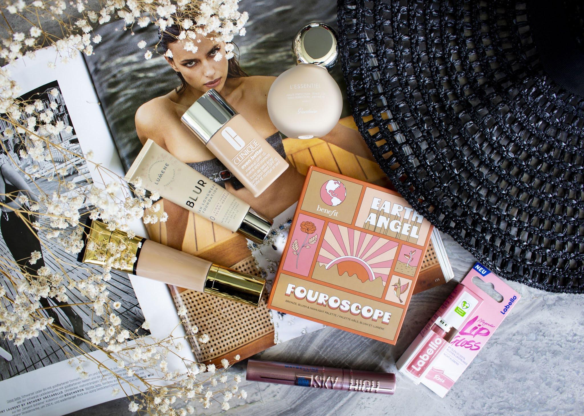 Make-up-Empfehlungen-für-den-Sommer-foundation-bronzer-highlighter-mascara-lipgloss