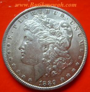 Koin Perak Kuno Dollar