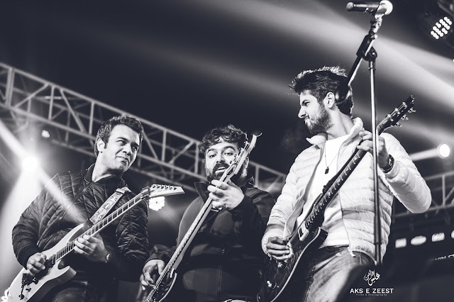 Ali Tahir is a Pakistani musician and guitar player and plays for the popular singer Abdullah Qureshi.