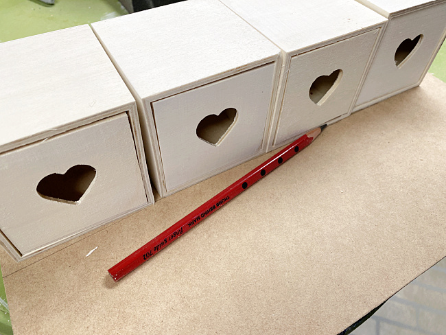 drawers lined up to trace
