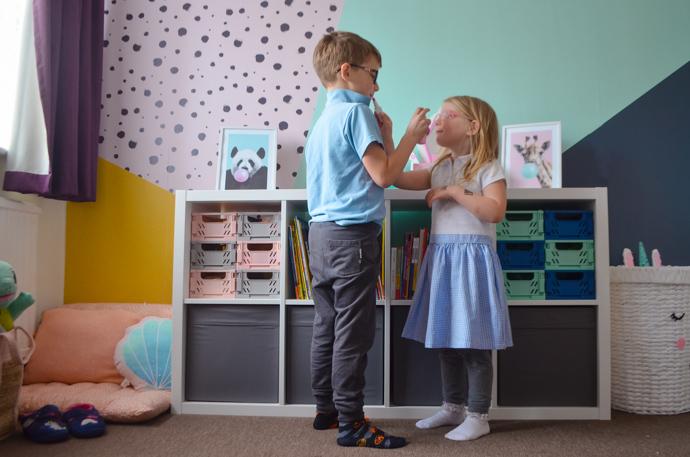 unisex bedroom, shared bedroom idea, childrens decor, childrens mural