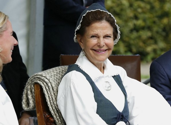 Queen Silvia of Sweden visited the 'Pensioners' Day' (De gamlas dag) event