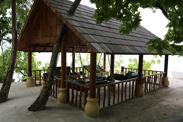 royal island resort by villa hotels maldive