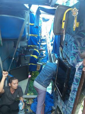 Kecelakaan Bus Rombongan Ziarah Wali 5 Di Tanjakan Pal 9 Bondowoso