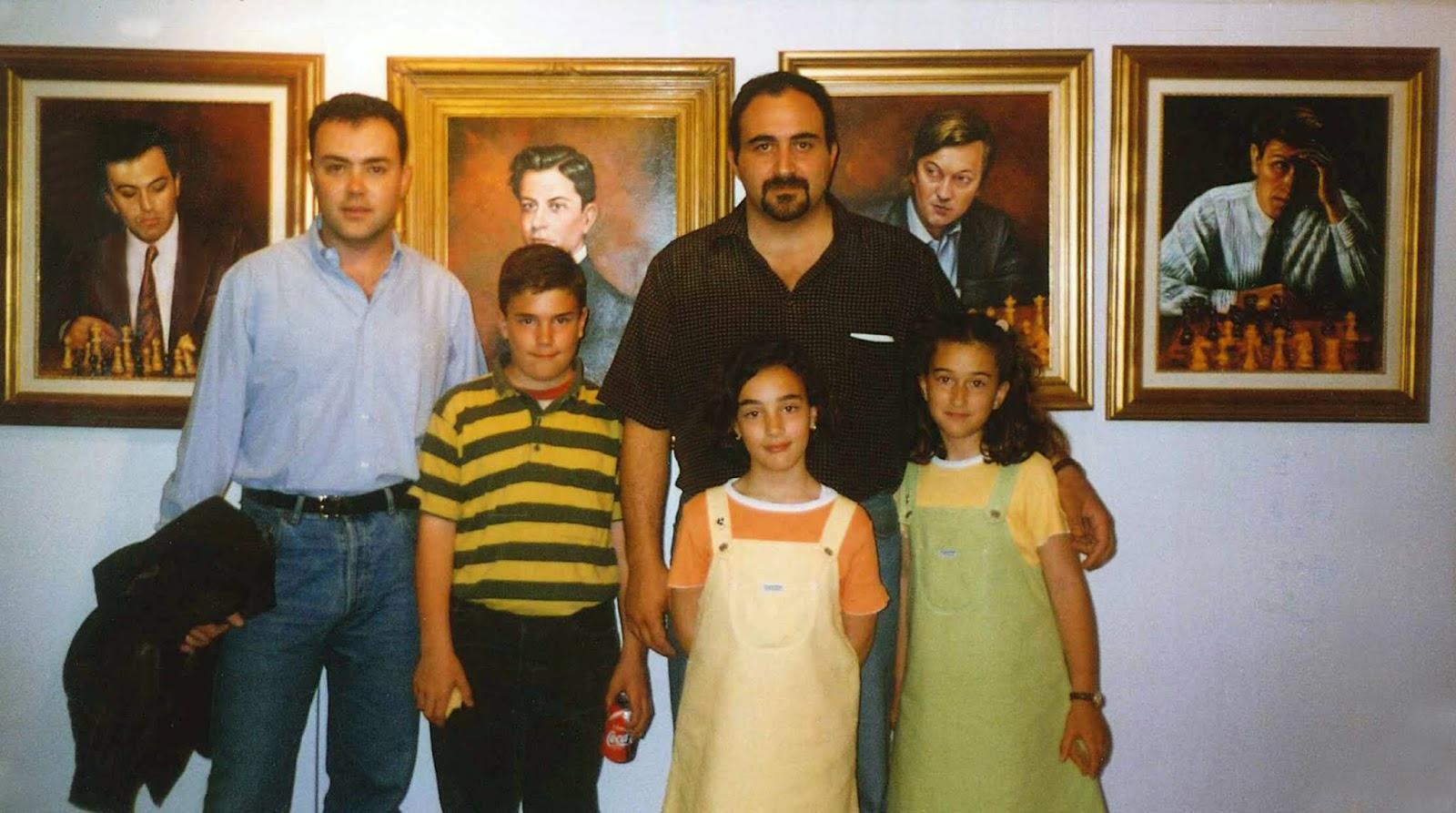 Partidas Memorables - A.Romero - M.Outerelo - (Albacete -1989) - Comentada por GM Alfonso Romero.