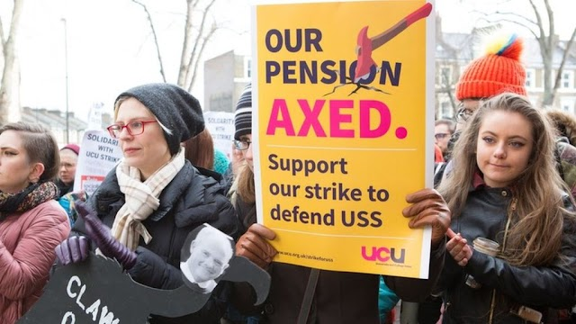 UK University Lecturers Begin Eight-Day Strike Over Pay, Pensions