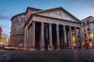 Pantheon by Daniel Klaffke on Unsplash