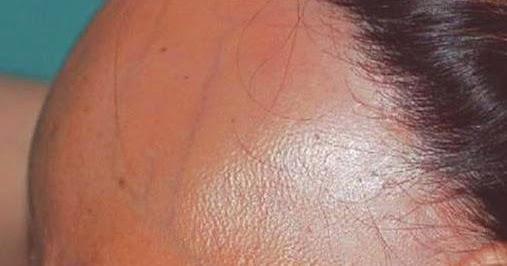 La máscara para los cabellos la reconstitución 7 eyvon las revocaciones
