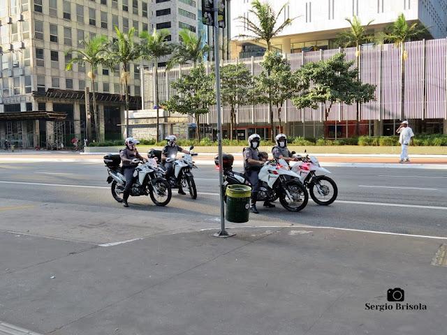 Flagrante de ronda de Policiais Militares da ROCAM na Avenida Paulista