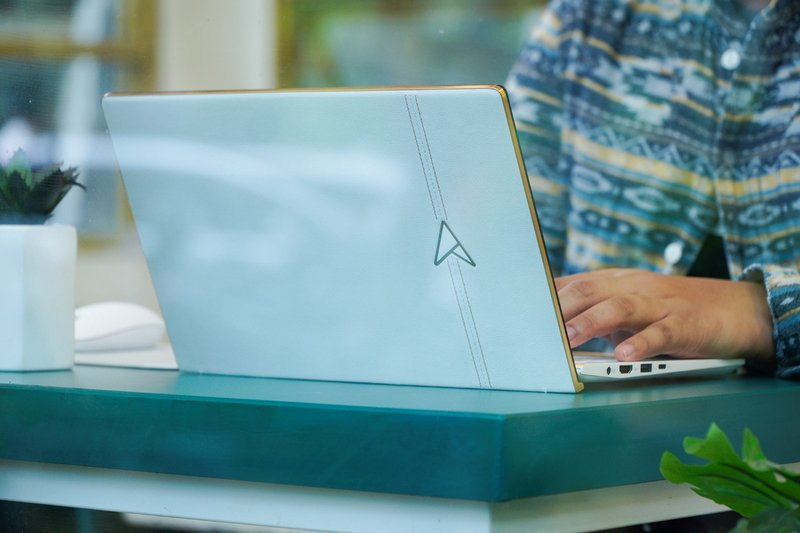Review Asus Zenbook Edition 30 UX334FL, Ultrabook Termewah Berdesain Super Premium